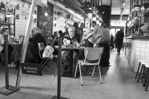 eten en drinken in de Markthal Rotterdam